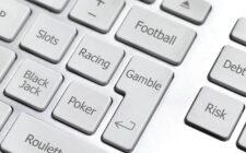 online poker is better